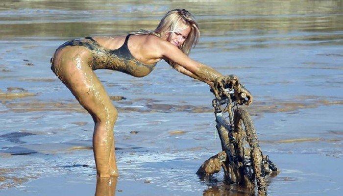 Очень грязные девушки, в прямом смысле