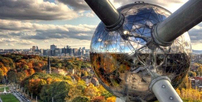 Атомиум - самый посещаемый памятник Брюсселя