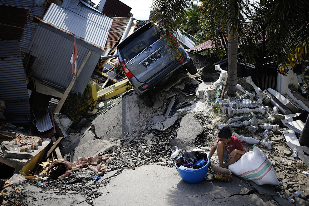Индонезия после землетрясения в фотографиях
