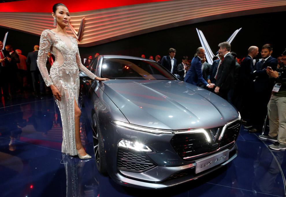 Интересные новинки Парижского автосалона 2018