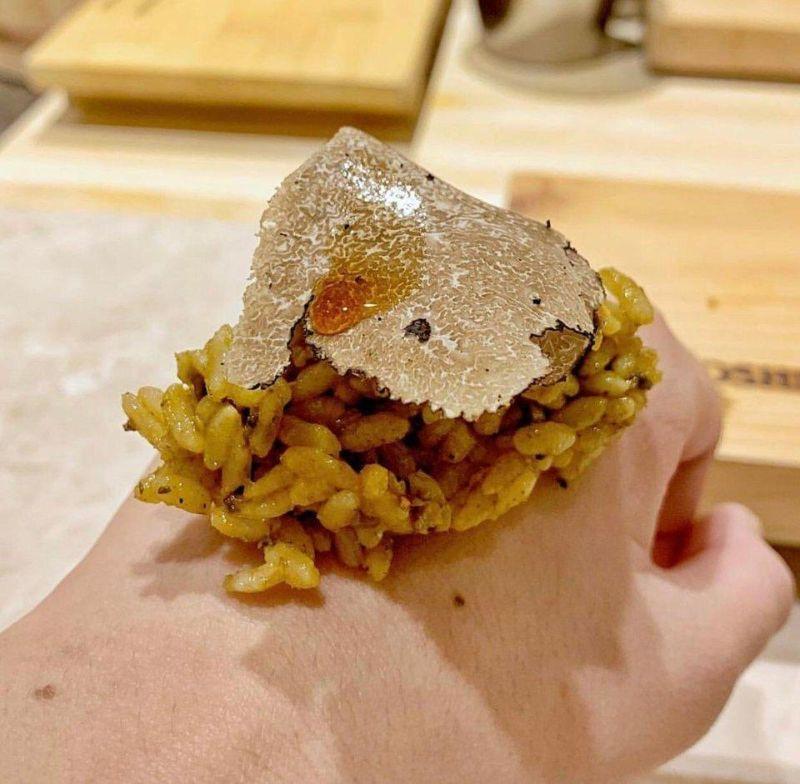 Креативная подача блюд в ресторанах достала даже хипстеров