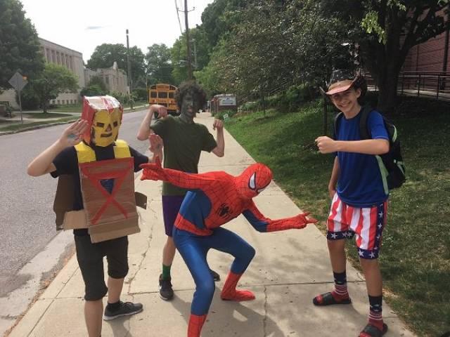 Низкобюджетные костюмы на Хэллоуин
