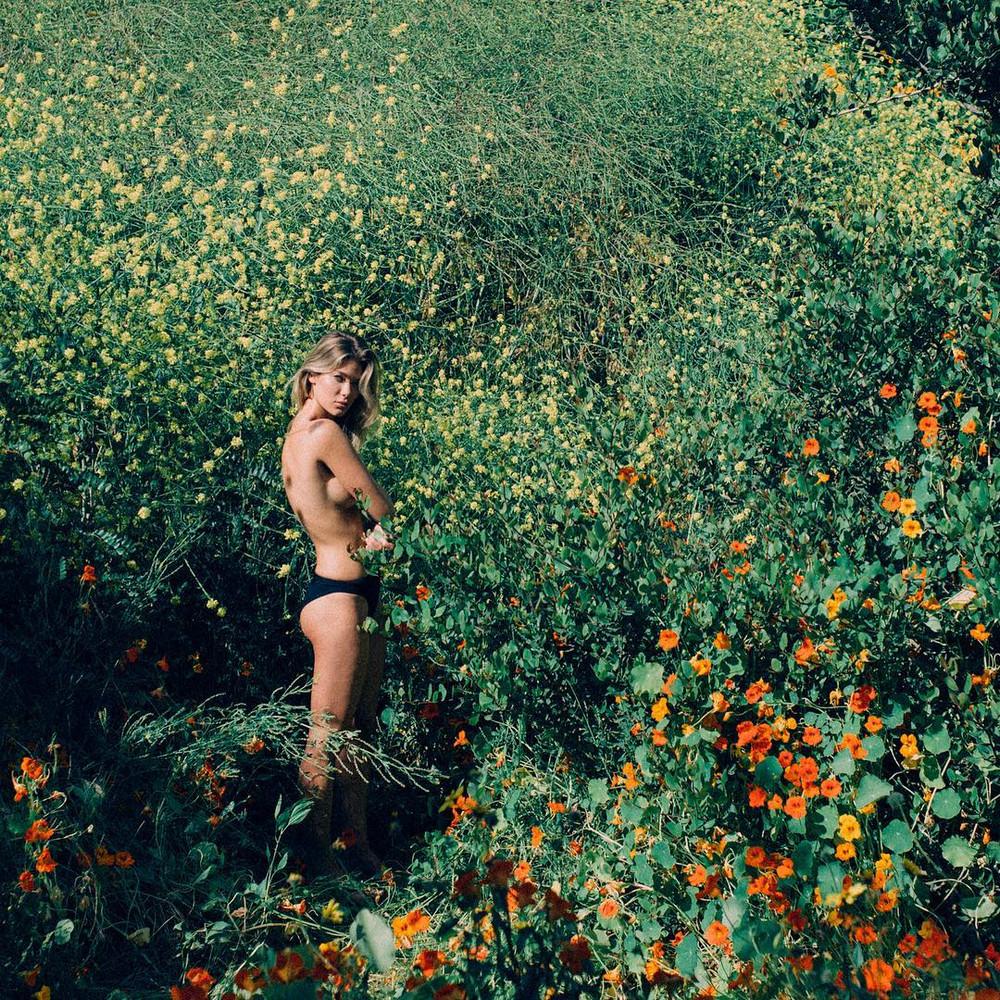 Харизматичные фотографии девушек от Ларсена Сотело