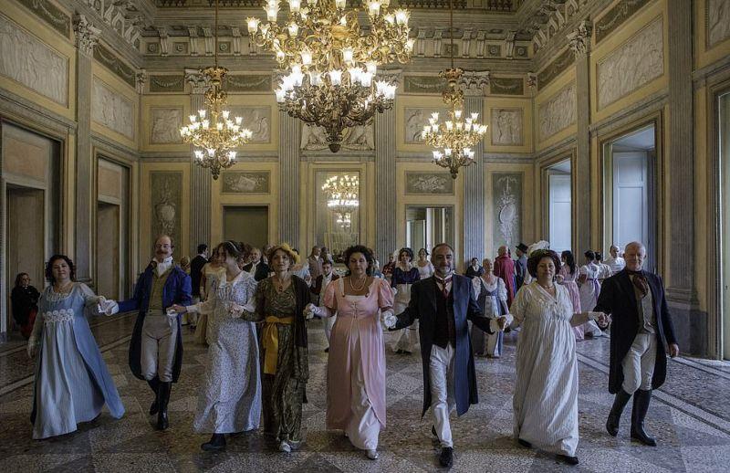Поклонники Джейн Остин устроили бал в атмосфере XIX века
