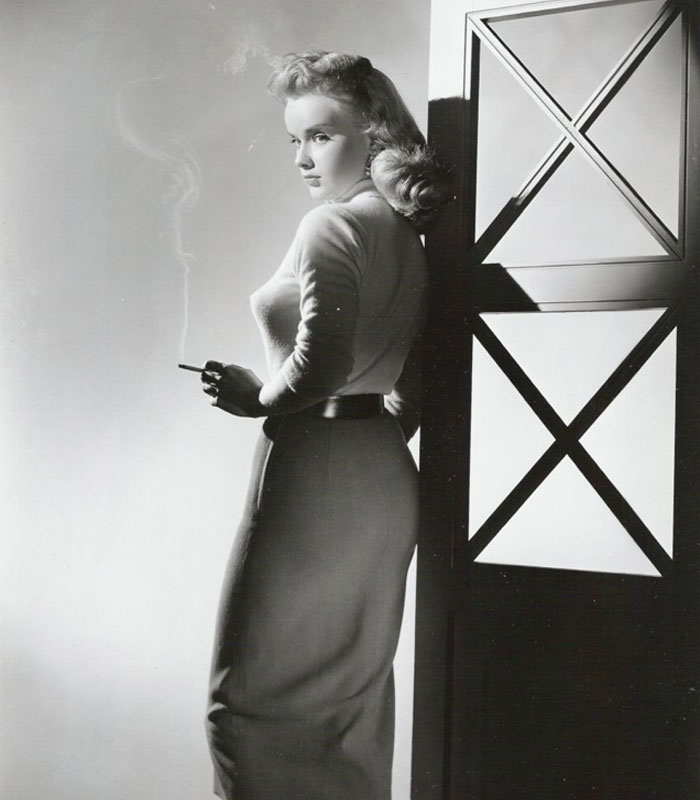 Бюстгальтеры пули: модное нижнее бельё в середине 20-го века