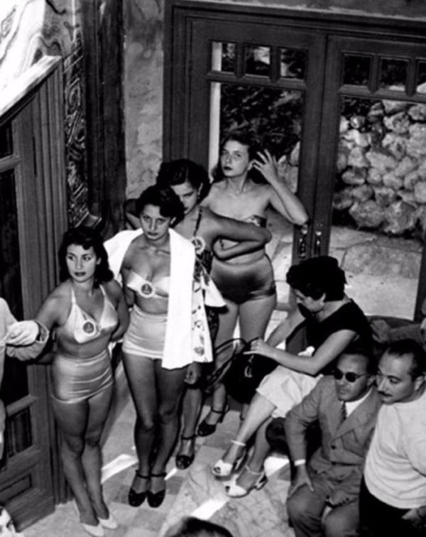 15-летняя Софи Лорен на конкурсе красоты Мисс Италия 1950