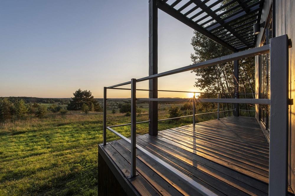 Небольшой домик для отдыха в литовском лесу