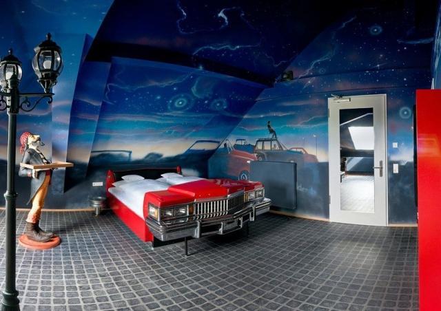 Отель V8 для поклонников автомобилей