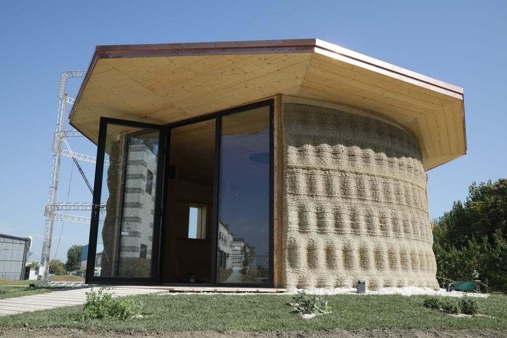 В Италии на 3D-принтере напечатали дом из грязи