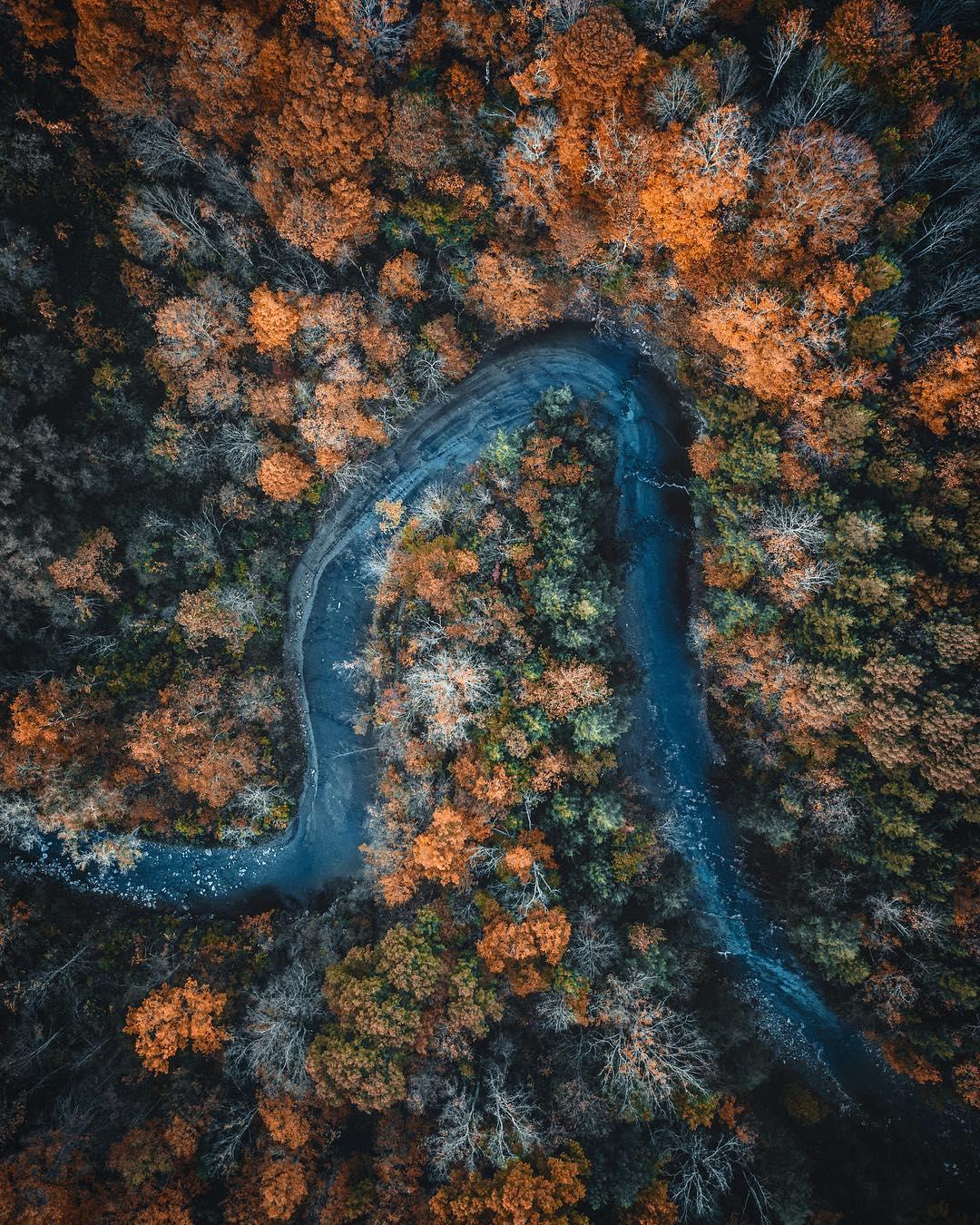 Путешествия и природа на аэрофотоснимках Адама Данни