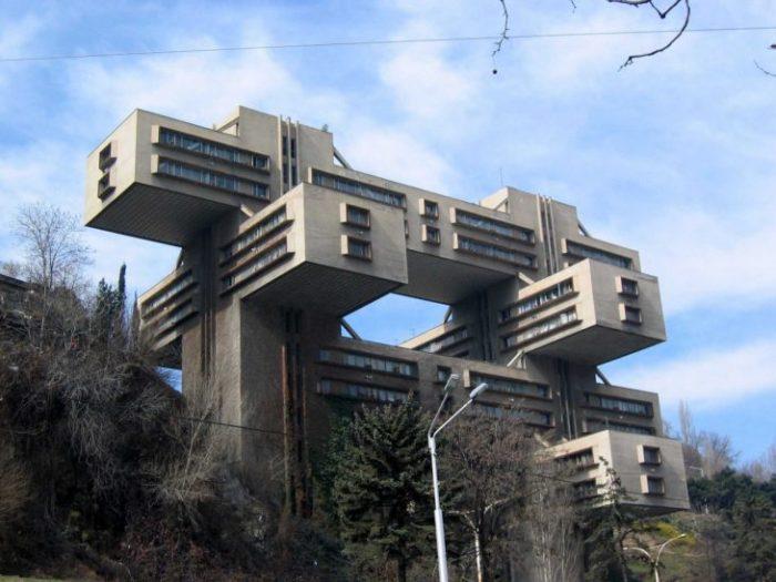 Странные и необычные советские здания