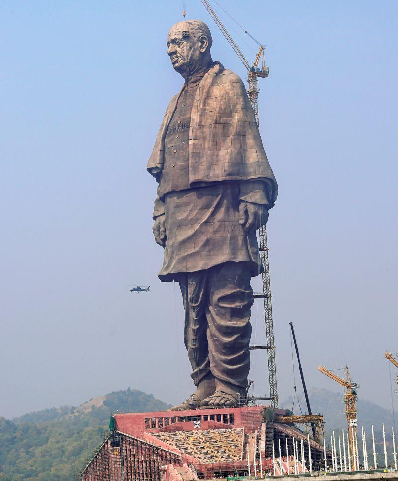 В Индии установили самую высокую статую в мире
