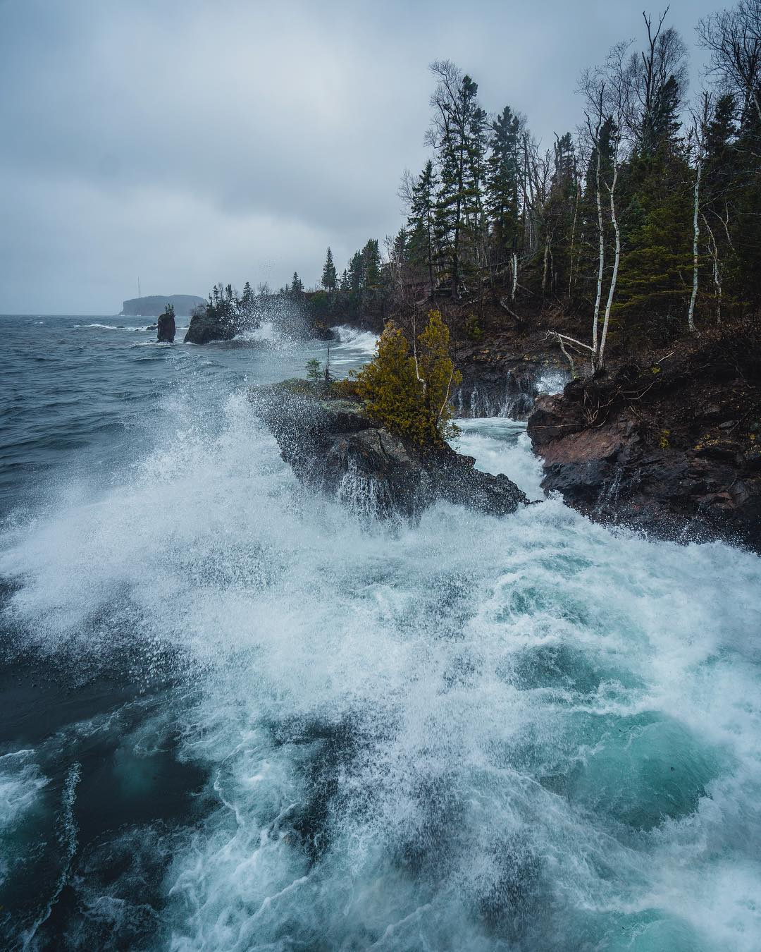 Путешествия и потрясающие пейзажи от Джорджа Илструпа