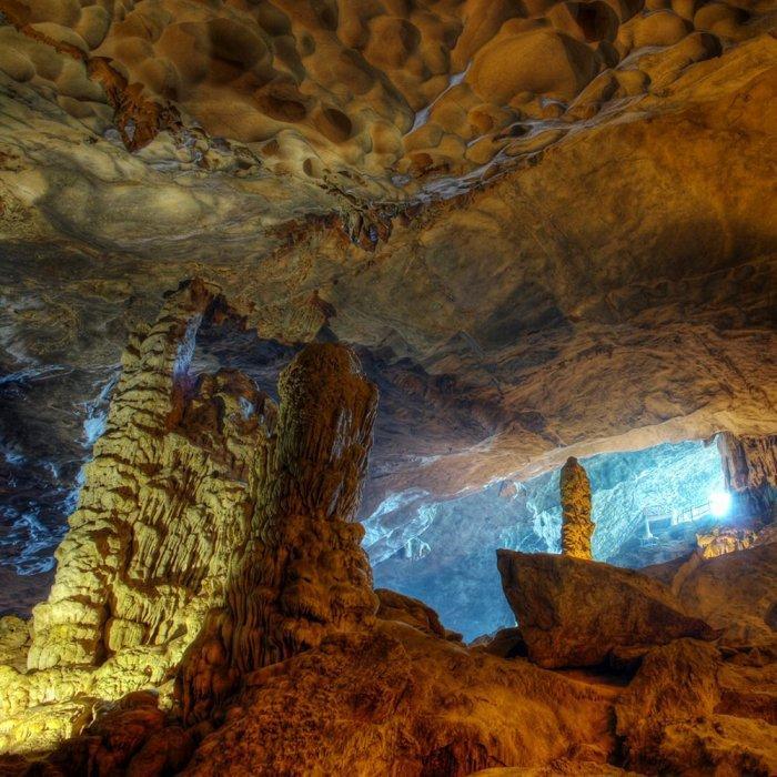 Уникальная пещера тростниковой флейты