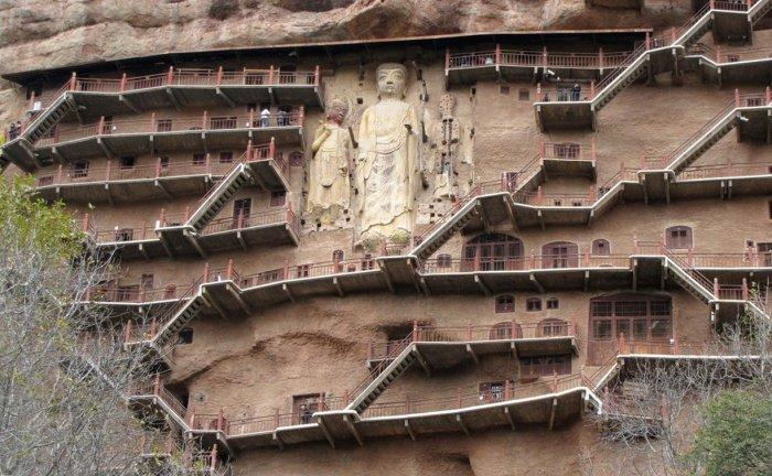Майджишан – храм двух сотен пещер в Китае