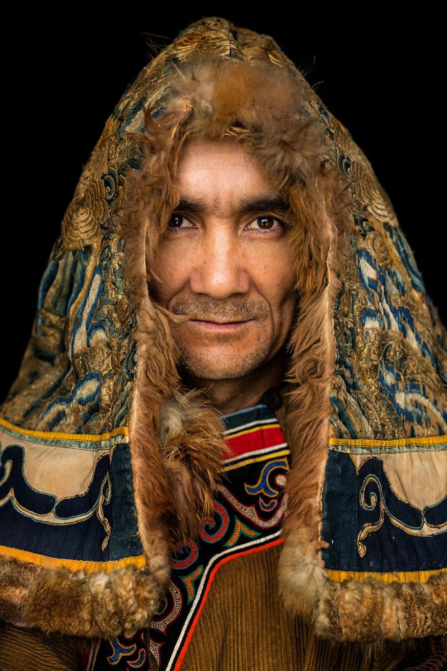 35 потрясающих портретов якутов, ульчи и негидальцев