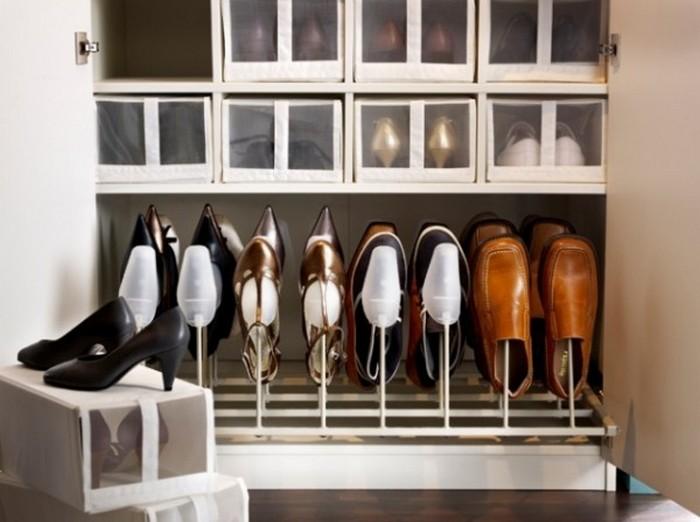 Как уберечь обувь и вещи от пыли в шкафу