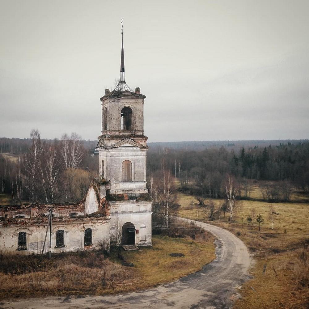 Заброшенная Россия на снимках Ксении Савиной