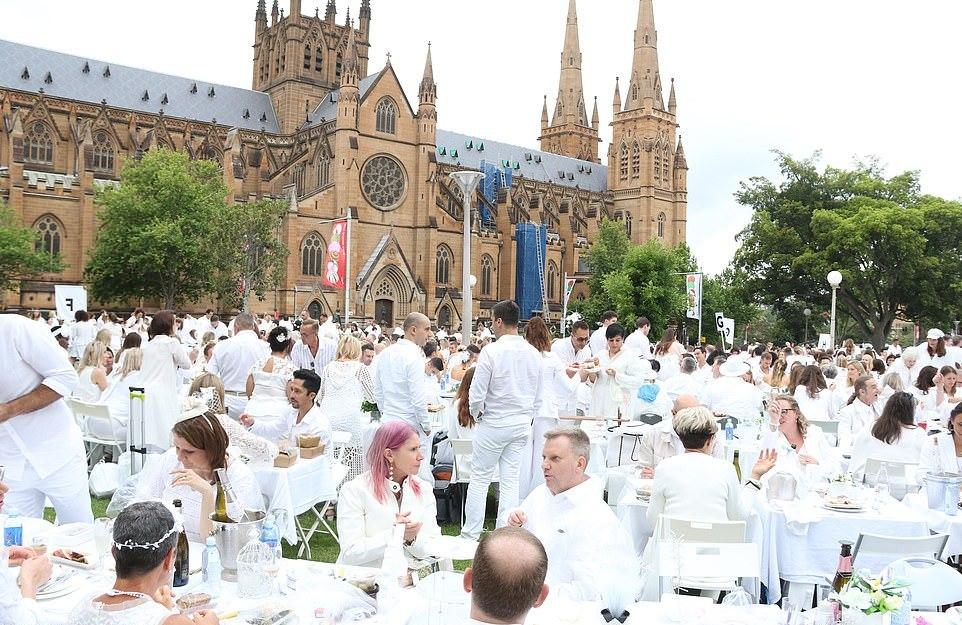 Diner en Blanc: секретный ужин в белом в Сиднее