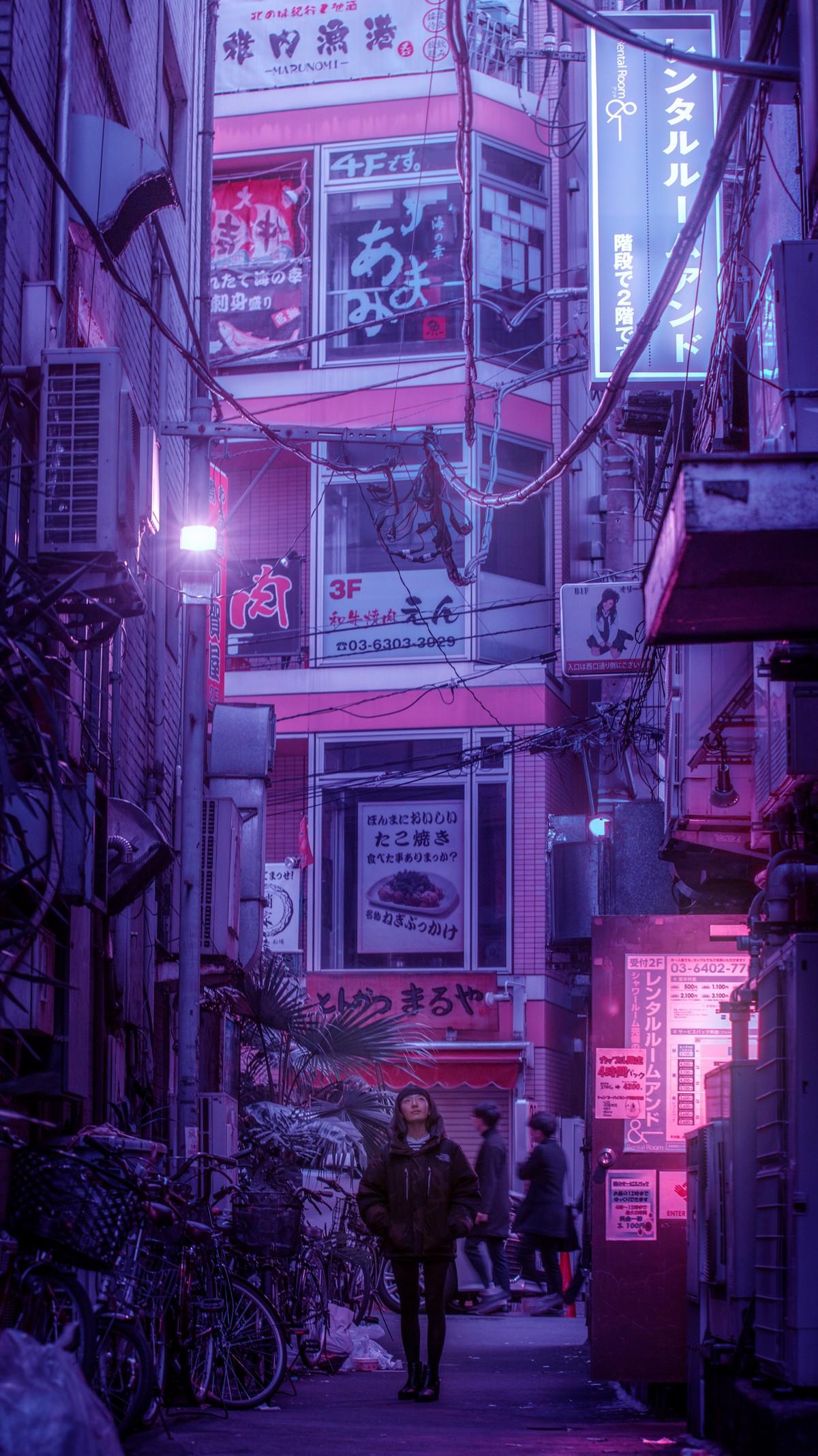Неоновые огни ночного Токио на снимках Лиама Вонга
