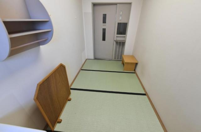 Камера в обычной токийской тюрьме