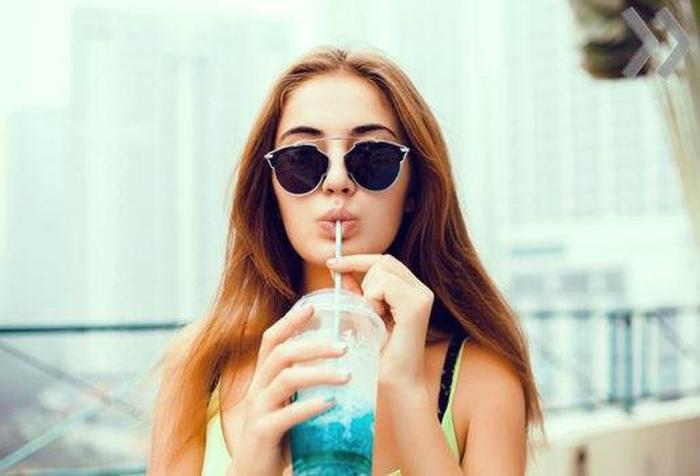 Безобидные привычки, которые портят внешний вид