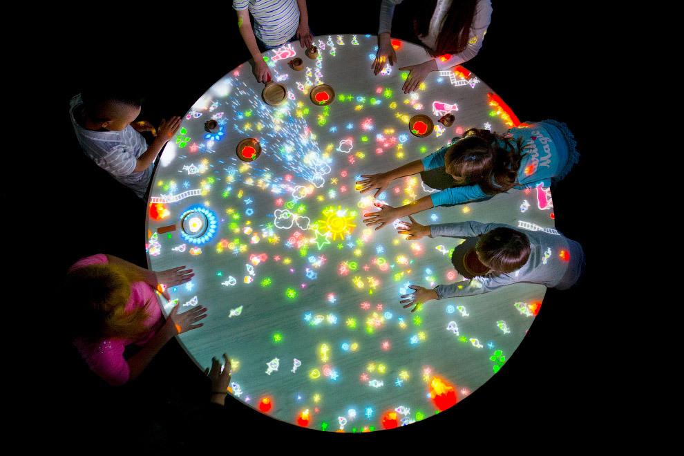 Уникальный музей цифрового искусства в Токио