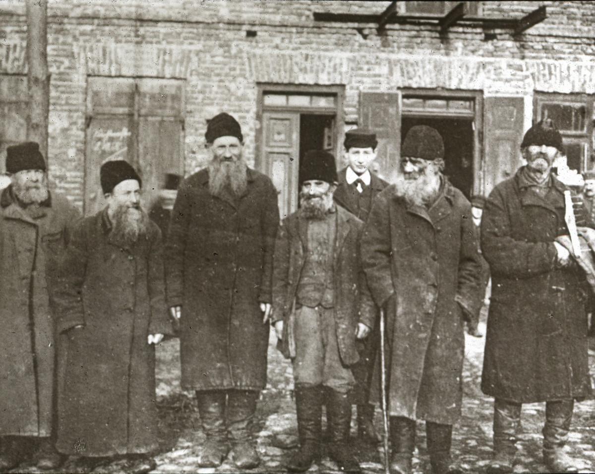Дореволюционные кадры из Ялты, Одессы, Киева и других мест