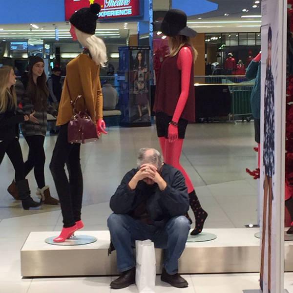 Мужчины, которые попали со своими женами на шопинг