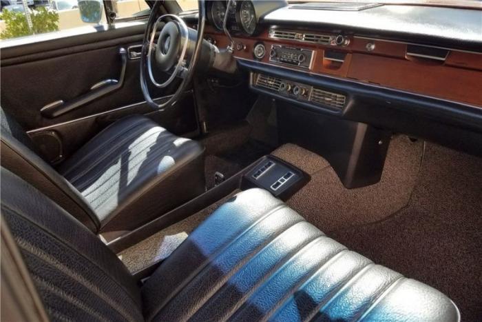 Mercedes-Benz 280 SEL Элвиса Пресли нашел нового владельца