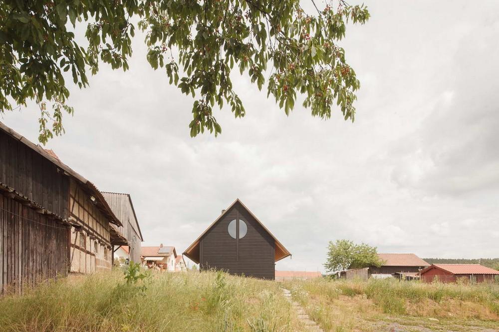 Простой сельский дом в Баварии