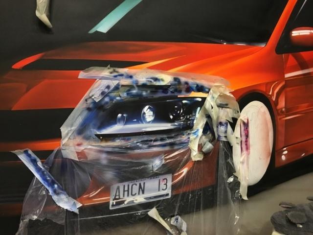 Реалистичный рисунок спорткара Mitsubishi Lancer Evo
