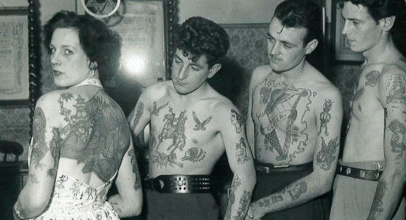 Татуировки британской интеллигенции, дам и работяг в 50-е годы