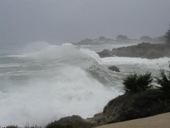 10 лучших мест для наблюдения за штормом