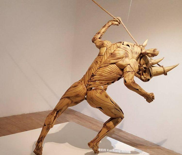 Невероятные скульптуры из картона от художника-самоучки