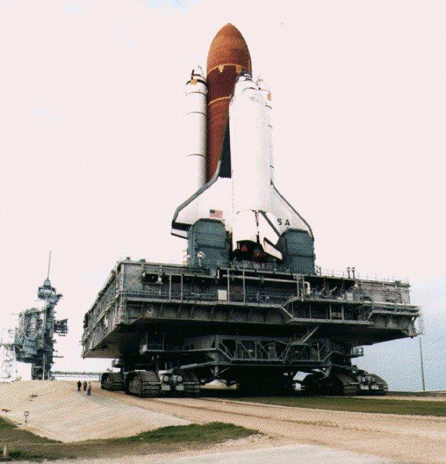 Гусеничный транспортер для космических кораблей