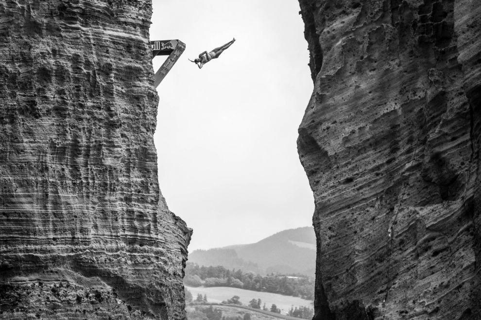 Лучшие экстремальные снимки от Red Bull 2018