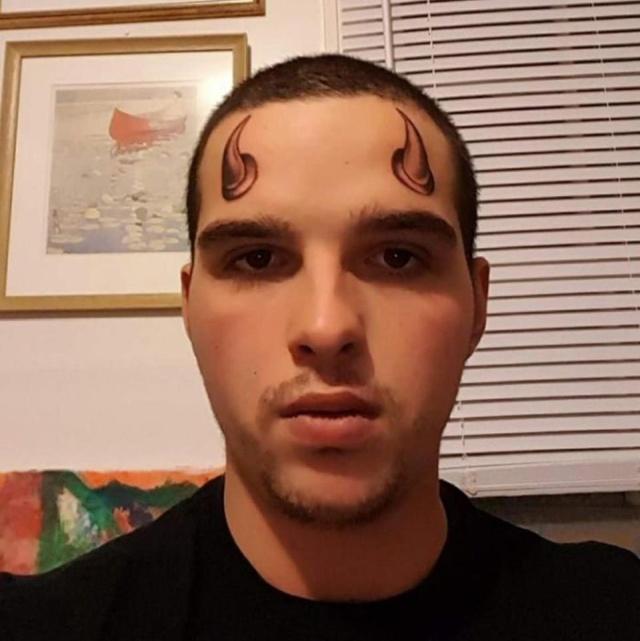 Очень странные и нелепые татуировки