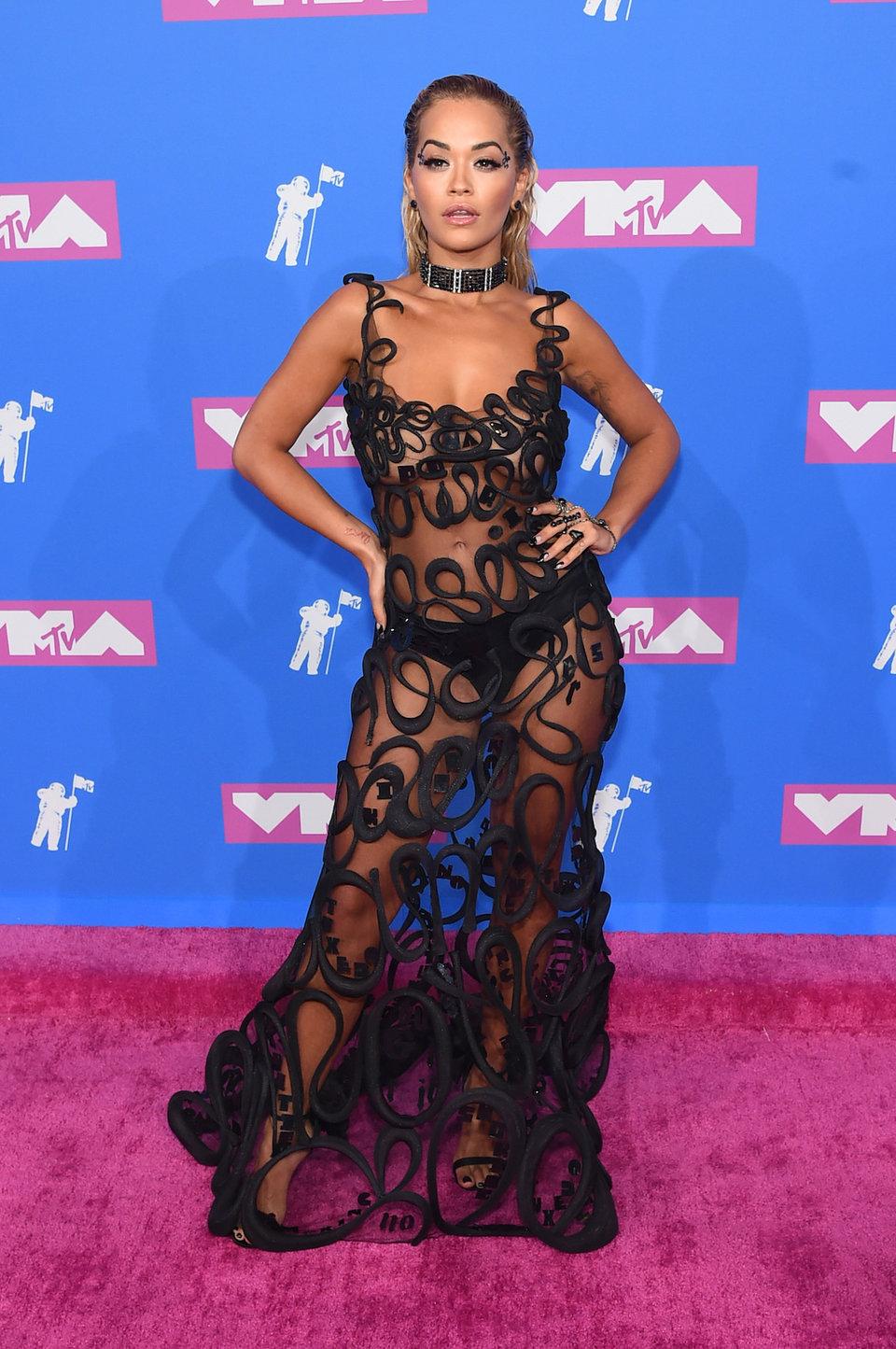 Самые смелые прозрачные платья знаменитостей в 2018 году
