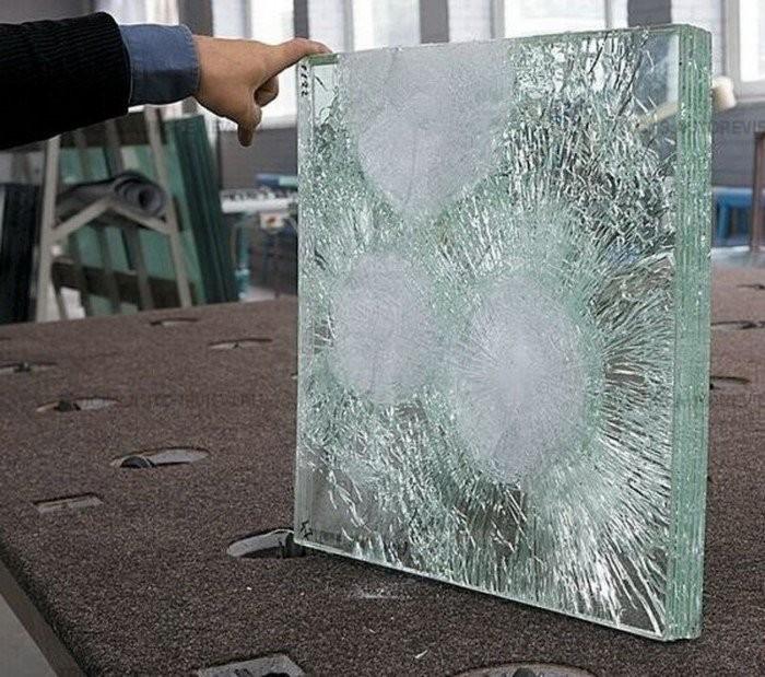 Как устроено пуленепробиваемое стекло