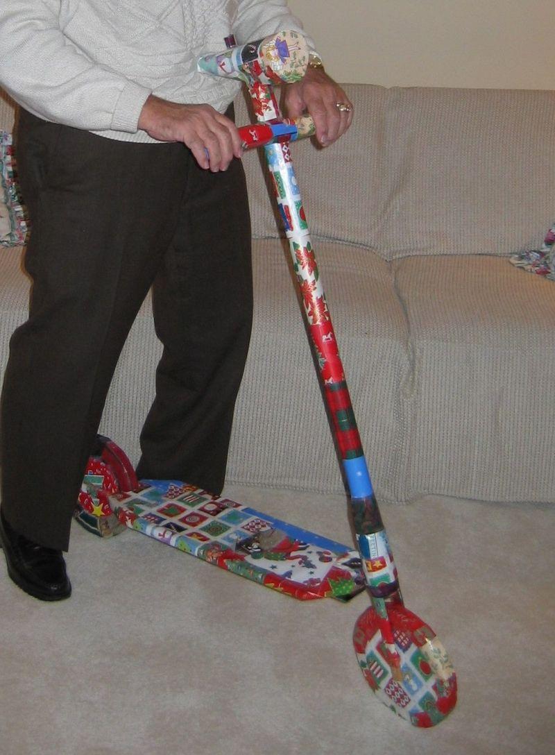 Семейная традиция - разыгрывать деда на Рождество