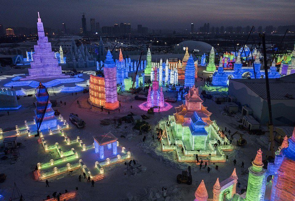 Ежегодный фестиваль снега и льда в Харбине 2019