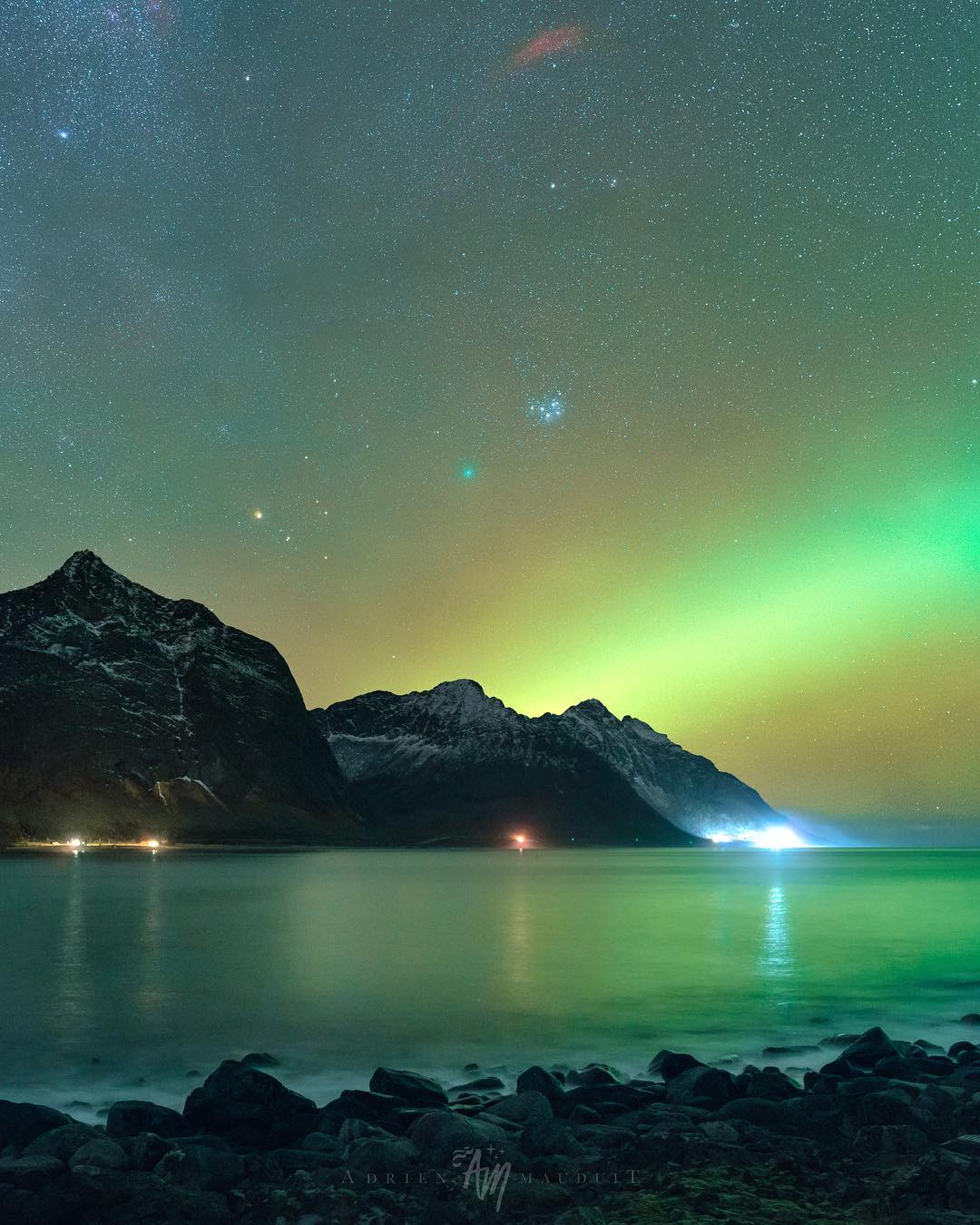 Красота северного сияния на снимках Адриена Луи Модуита