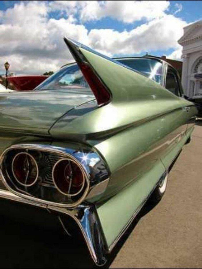 Плавниковый стиль автомобилей, как воплощение американской мечты