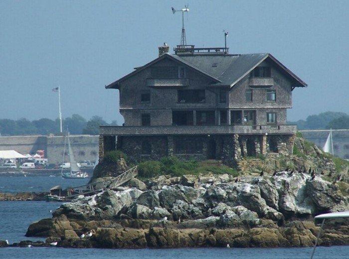 Дом Джозефа Уортона на острове, построенный в знак протеста