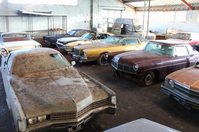 Заброшенный склад раритетных автомобилей во Франции