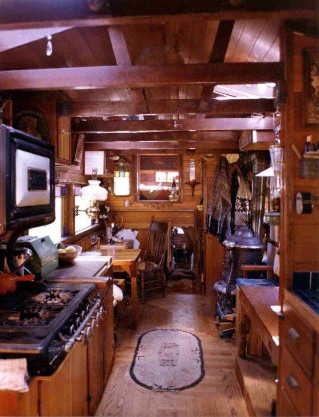 Необычная эстетика домов-грузовиков