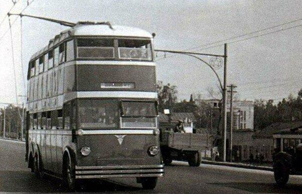 Двухэтажный троллейбус из СССР