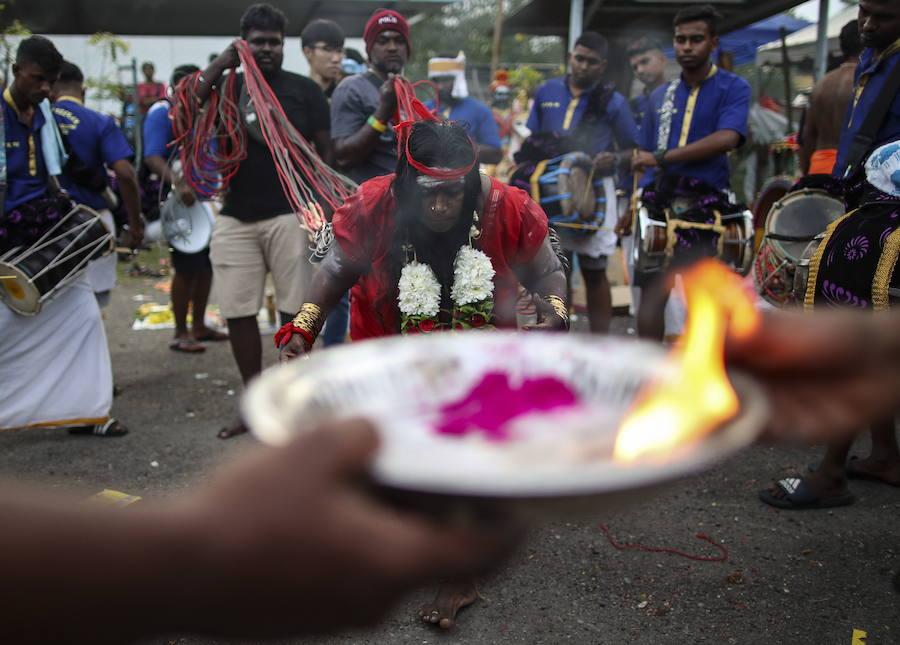 Индуистский праздник Тайпусам 2019