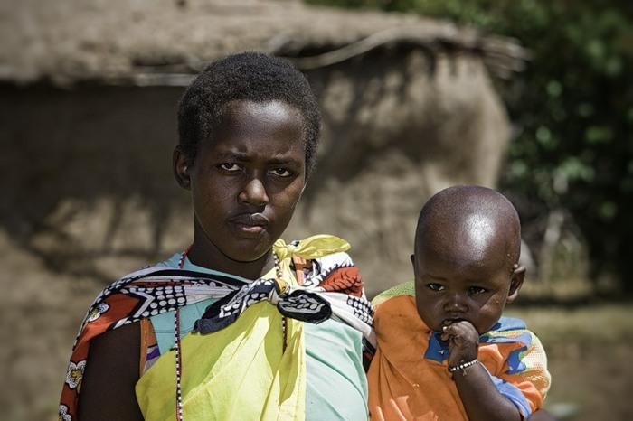 Почему у африканцев темная кожа, ведь она быстрее нагревается